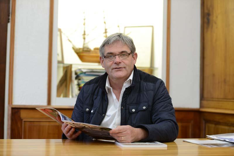 Le Bris itw maire